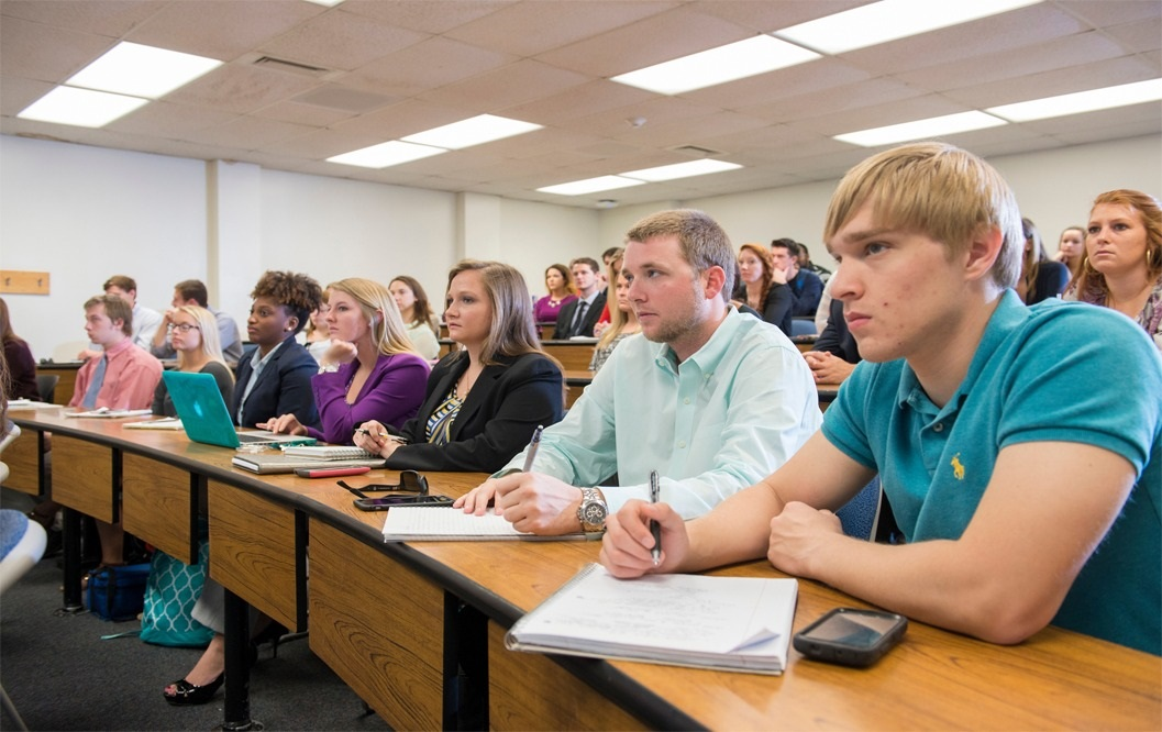 UNCW Students in the classroom