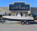 2018 Robalo R206 Cayman Navy Bottom All Boat