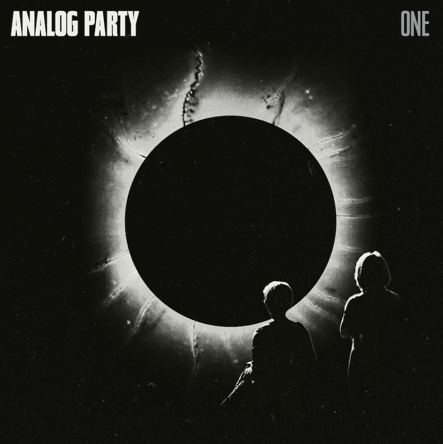 Analog Party Debut Broody New Video