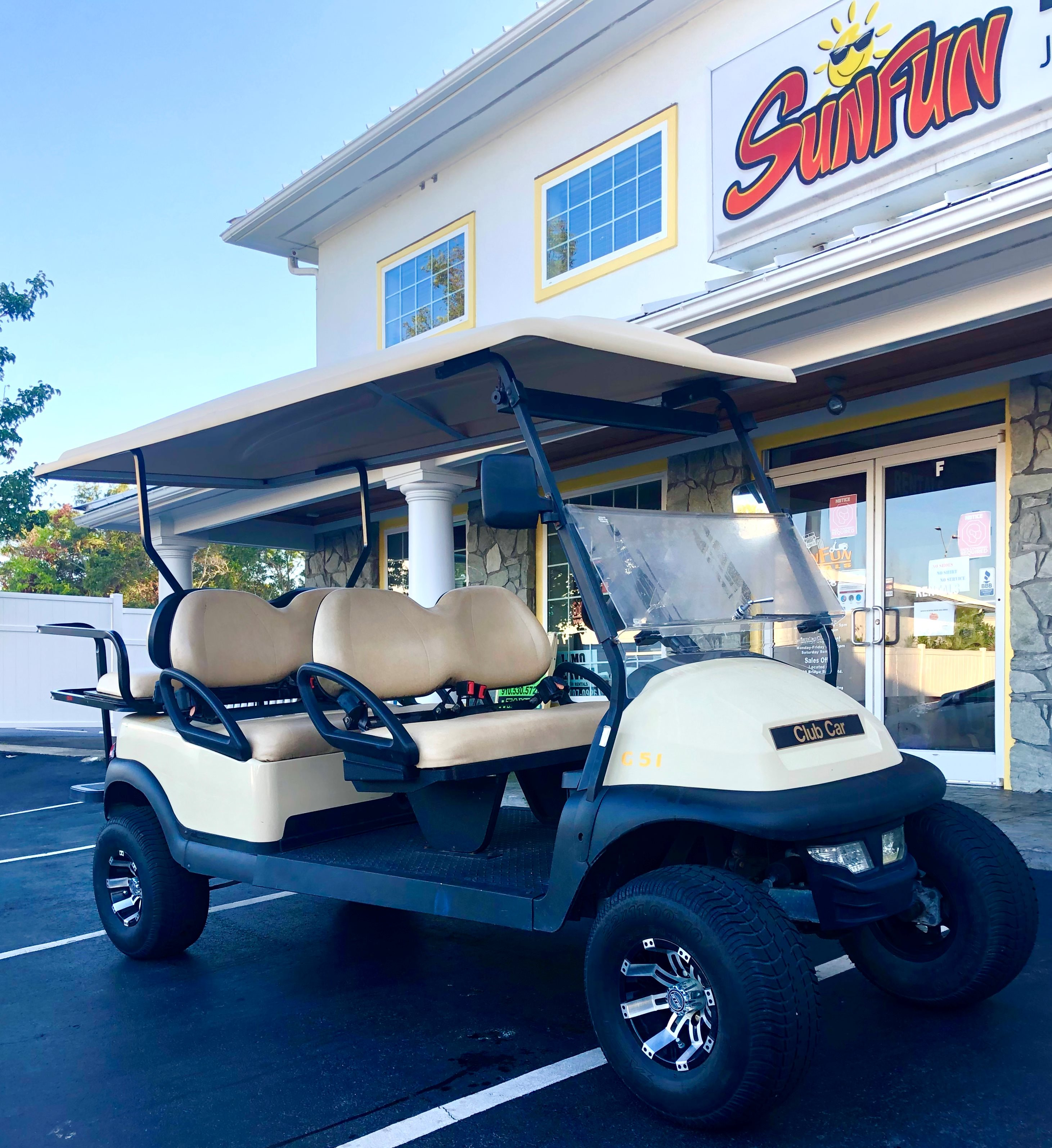 1 LEFT! USED CLUB CAR PRECEDENT 6 Passenger LIFTED