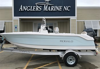 2020 Robalo R160 ice blue liquid-unknown-field [type] Boat