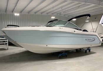 2021 Robalo R227 Ice Blue/White (ON ORDER) Boat