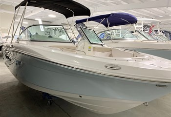 2020 Robalo R207 Ice Blue/White #E0140 liquid-unknown-field [type] Boat