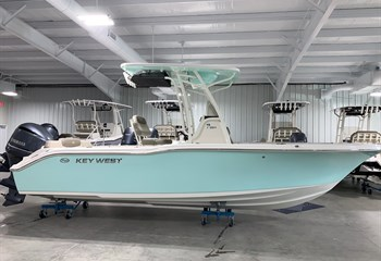 2021 Key West 239 FS Seafoam/White Boat