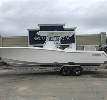 2019 Invincible 33 White liquid-unknown-field [type] Boat