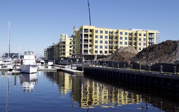 Pier 33 - Downtown Wilmington
