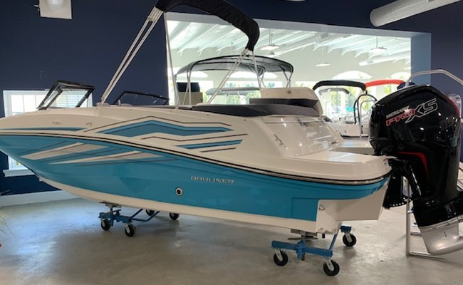 2020 Bayliner VR5 (ON ORDER)