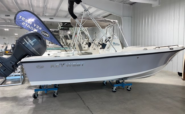 2021 Key West 176 CC Manta Gray