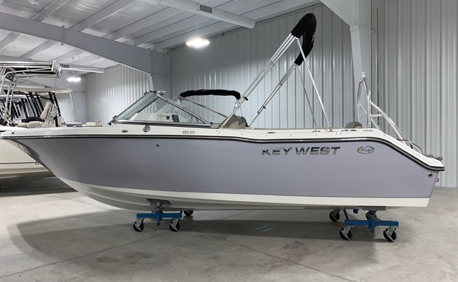2021 Key West 203 DFS Manta Gray