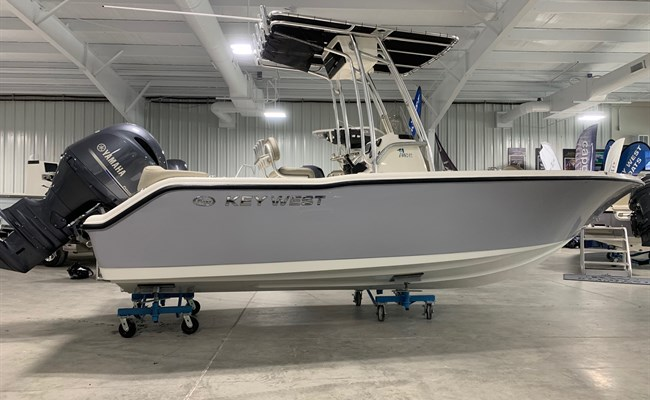 2021 Key West 203 FS Manta Gray/White