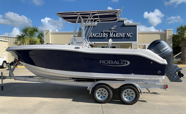 2021 Robalo R202 Explorer Biscayne Blue (IN STOCK)